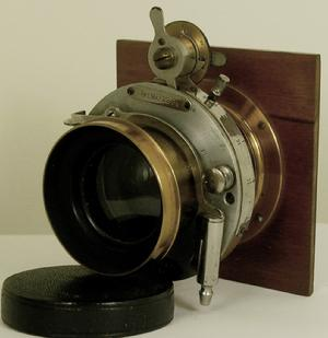 Gundlach Optical Co. Rapid Rectigraphic 1880 Convertible Shutter 3 Focal Lengths Wide, Normal & Tele